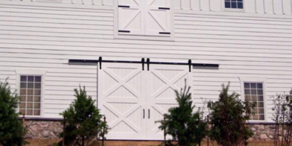 decorative-arrowhead-hardware-for-barns