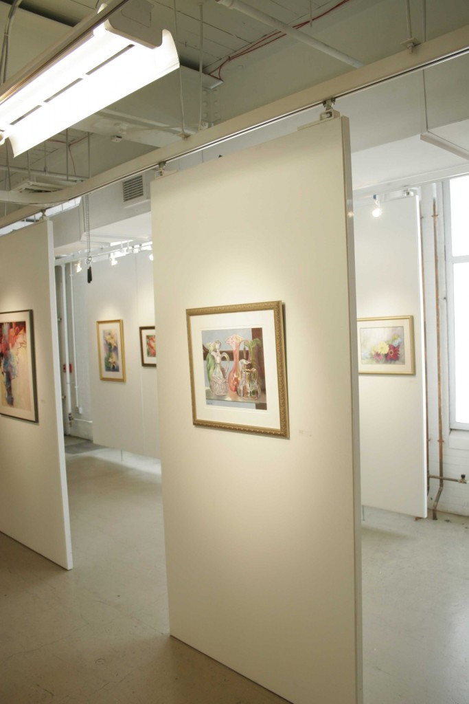 display panels for art galleries