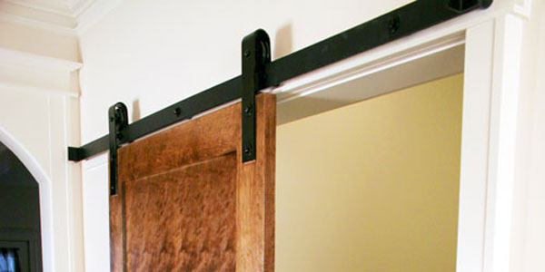 The Benefits of Flat Track Hardware for Sliding Doors